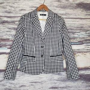 white and black plaid blazer size 8